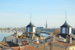 Vue sur la Garonne - Quais de Bordeaux