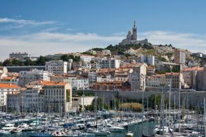 Agence immobilière  Marseille 1er arrondissement, vue sur le vieux-port.
