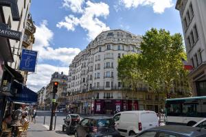 Agence immobilière Paris 15ème arrondissement, immeuble art déco