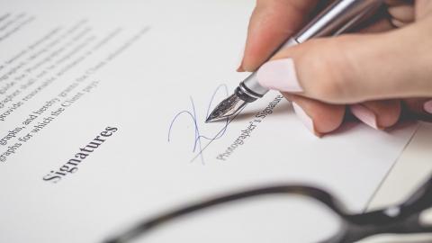 Tout sur la promesse ou compromis de vente.  Lors de votre achat / Vente d'un bien immobilier il est important de bien comprendre.