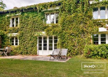 Maison Type 8 de 385 m² + piscine + garage à Biganos