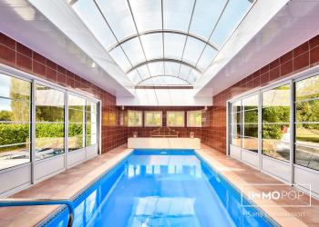 Maison Type 10 de 385 m² avec piscine intérieure + garage à Biganos