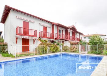 Appartement Type 3 de 40 m²(carrez) + parking + piscine à Socoa
