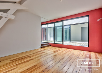 Appartement de charme Type 4 de 157 m² à Bordeaux