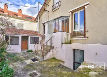 Maison Type 5 de 106 m² + dépendance de 8 m² à Houilles