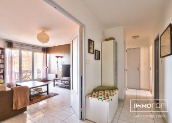 Appartement T4 de 80 m²+ parking + cave à Croix Luizet / Villeurbanne