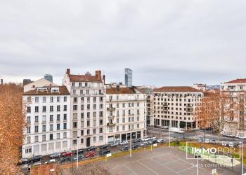 Appartement Type 4 de 159 m² avec 5 balcons + cave à Lyon