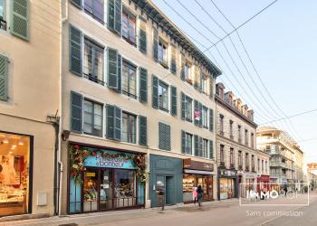 Appartement Type 5 de 106 m²  + cave à Pau