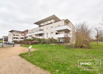Appartement Type 1 de 21 m² + terrasse + parking à Montévrain