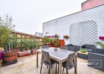 Appartement Type 2 de 50 m² + terrasse de 27 m² +  cave + balcon à Cergy