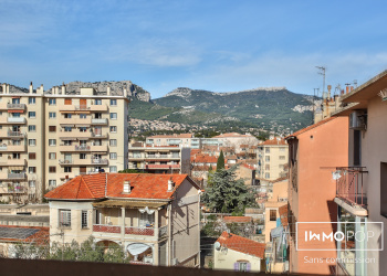 Appartement Type 3 de 60 m² + cave à Toulon