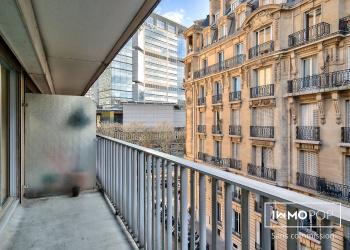 Appartement Type 1 de 31 m² avec balcon à Paris 15ème