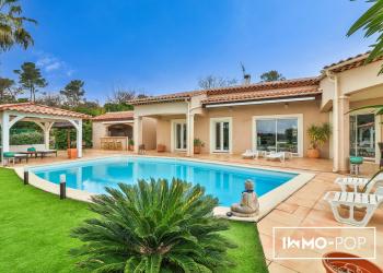 Villa Type 8 de 200 m² + piscine à La Roquebrussanne