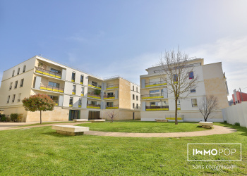 Charmant appartement Type 2 de 50 m² + 2 terrases + parking à Bordeaux