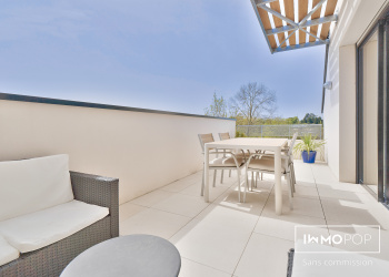 Appartement duplex Type 4 de 92 m² + terrasse + 2 parking à Cenon