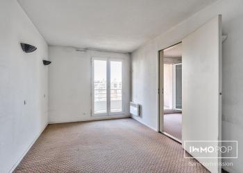 studios de 17 m² avec balcons à Courbevoie