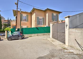 Maison Niçoise Type 5 de 140 m² + garage à Nice