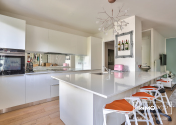 Appartement Type 2 de 52 m² avec balcon + parking + cave à Bordeaux