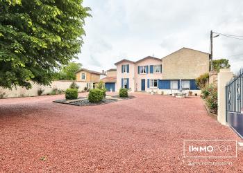 Maison Type 6 de 180 m² + garages à Courcelles