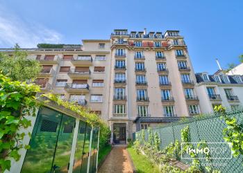Appartement Type 5 de 130 m² + 2 caves à Neuilly-sur-Seine