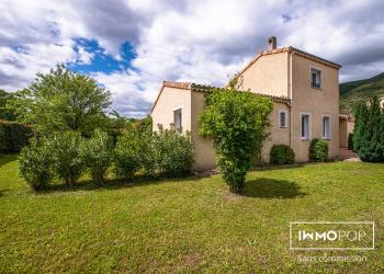 Maison Type 5 de 124 m² + 2 garages + piscine à Cruas