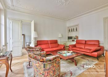 Appartement 5 pièces de 115 m² + cave à Paris 9ème