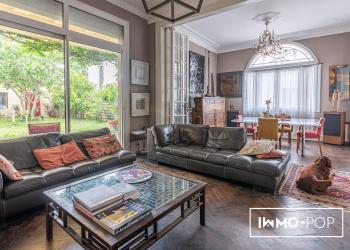 Maison de charme de 175m²  + garage à Coutras.