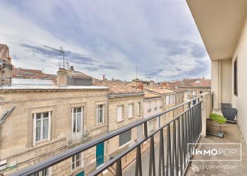 Appartement Type 3 de 70 m² + cave à Bordeaux