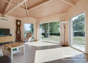 Maison de Type 5 de 167 m² + garage à Pompignac