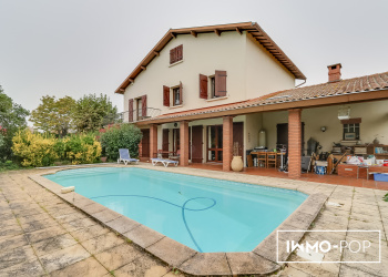 Maison de Type 7 de 195 m² + piscine