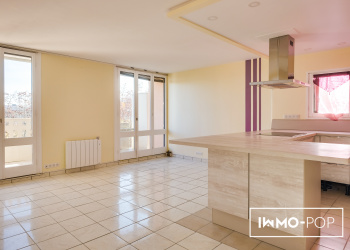 Appartement de Type 4 de 85 m² + garage  + cave à Blagnac