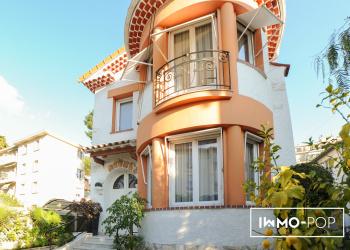 Maison bourgeoise de 140 m² + studio de 20 m² à Nice au coeur du parc Chambrun