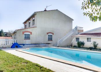 Maison Type 8/9 de 214 m² + piscine à Roques