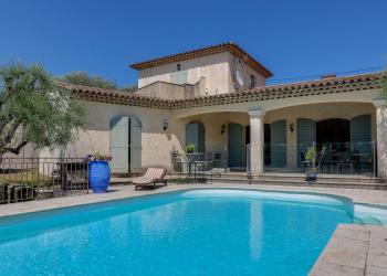 Maison Type 4 de 145 m² + piscine + garage à Mouans-Sartoux