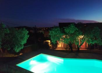 Maison 7 chambres + piscine + garage, dans Manosque