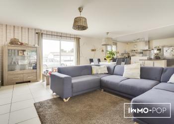 Maison plain pied Type 6 de 155 m² + piscine + garage à Saint Laurent Médoc