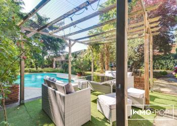 Maison Toulousaine Type 7 de 266 m² + piscine + garage à Toulouse