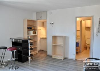 Vente appartement T1 proche Pellegrin en résidence avec parking
