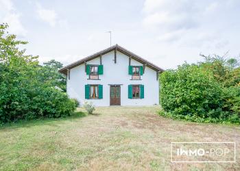 Maison Type 8 de 350 m² + garage 140 m2 + 8 ha  (Saint Vincent de Tyrosse 40230)