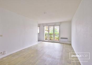 Appartement Type 1 bis  de 34 m² + parking sous-sol  à Mérignac