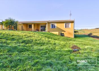 Maison plain pied Type 4 de 100 m² + garage à Lagraulet St Nicolas