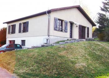 Maison plain pied de 105 m² + garage  à Hagécourt