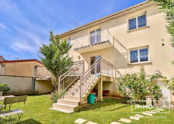 Maison Type 6 de 160 m² + garage à Villeneuve-le-roi / Limite ORLY