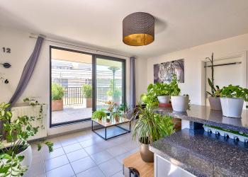 Seduisant appartement de 62 m² + belle Terrasse au centre de Mérignac