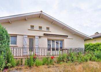 Maison plain pied Type 5 de 100 m² + garage à St-Médard-en-Jalles