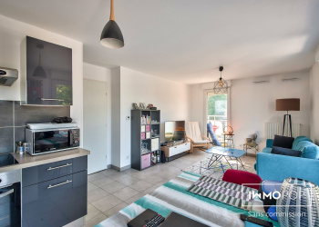 Appartement Type 3 de 57 m²+ parking à Marseille 10 ème