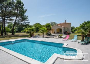 Maison Type 7 de 169 m² + piscine + double garage - Les peintures