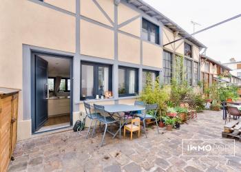 Maison Type 4 de 66 m² (au sol) + 2 terrasses à Paris 10ème