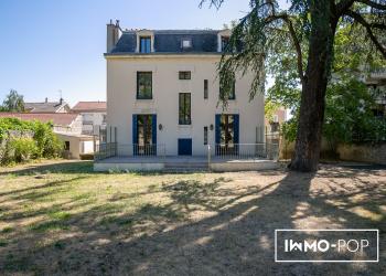 Maison de Maître + maison annexe + piscine + garage à Tournon/Rhône
