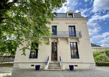 Maison de Maître + maison annexe + piscine + garage à Tournon-sur-Rhône